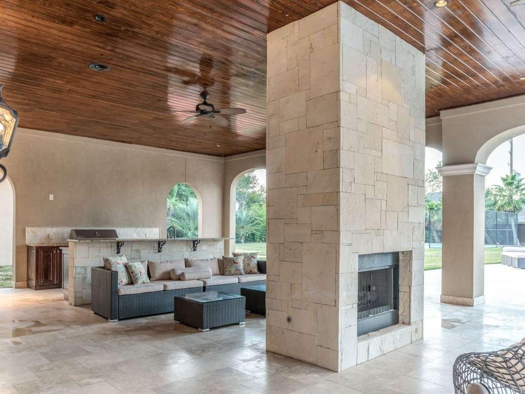 Fresno-Outdoor-Kitchen-Fireplace